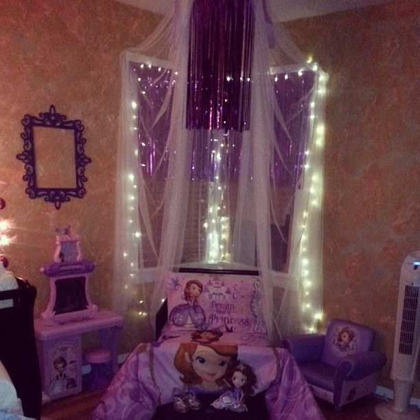 Sofia the first inspired room. | Ideas for my babygirl | Sofia the ...