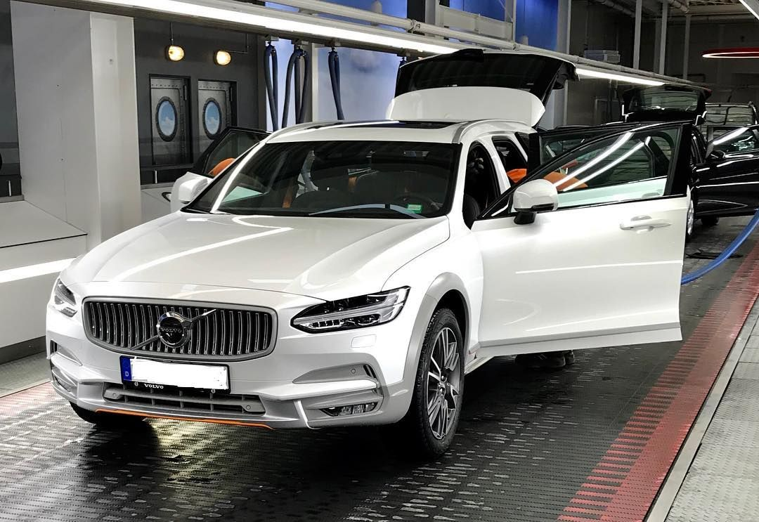 Volvo V90 Cross Country T6 Ocean Race Edition 2018 Volvo Volvov90 Volvov90cc Volvocc Xc Crosscountry Oceanrace Volvooceanrace Volvov90oceanrace Goteborg