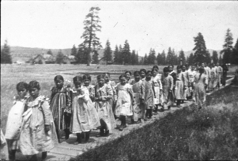 Spokane schoolgirls, Fort Spokane Indian School, Spokane Washington