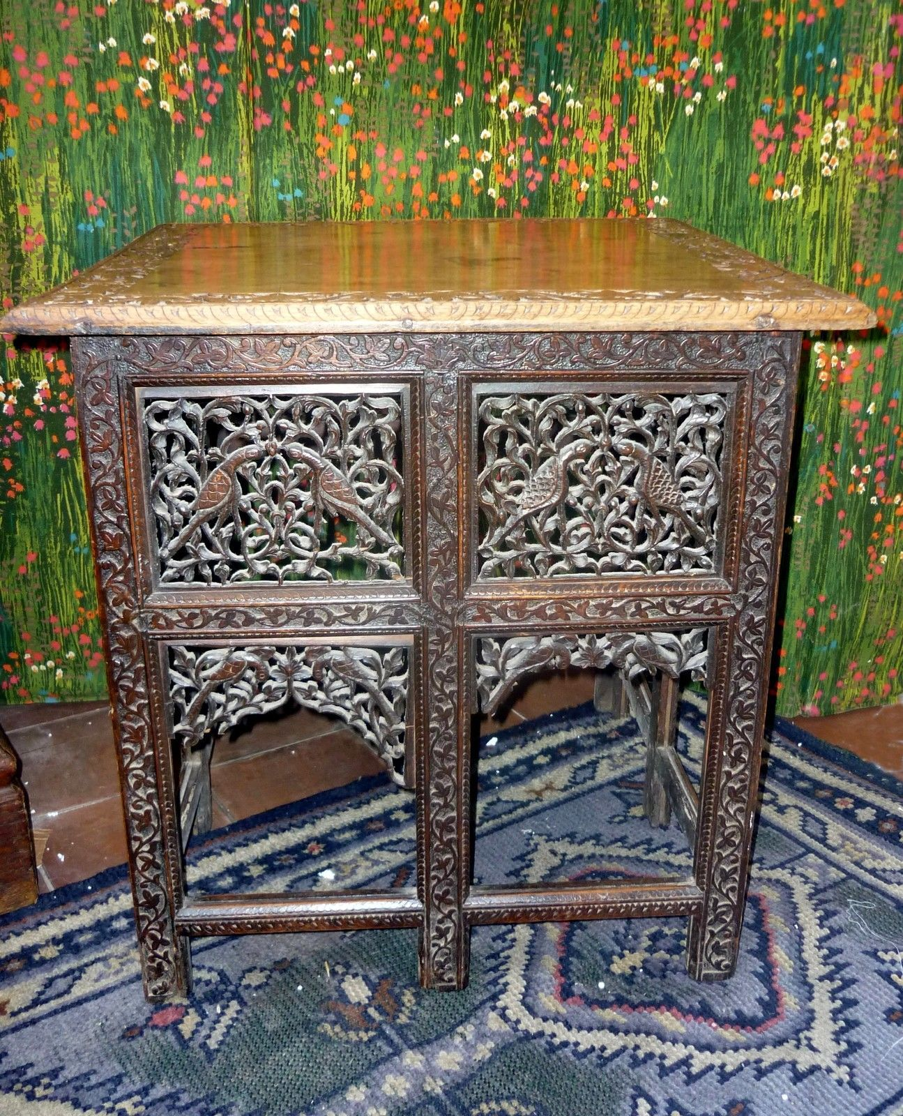 ANTIQUE INDIAN Side TABLE With BEAUTIFUL HAND-CARVED