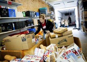 Mother Hubbard S Cupboard A Bloomington Community Food Pantry Food Pantry Bloomington Hubbards
