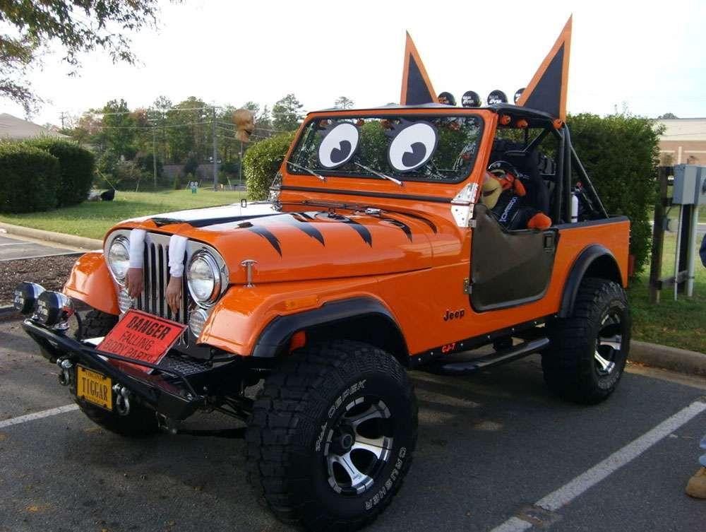 Voiture déguisée pour Halloween ! #orange #black #car ...