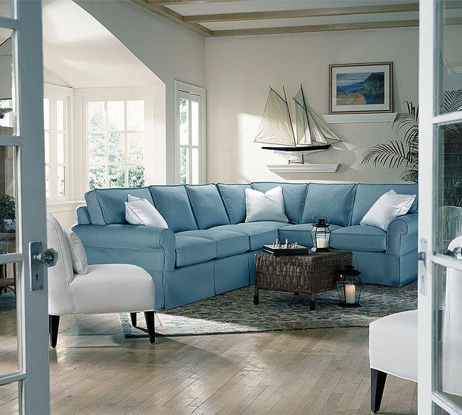 The Hamptoms A Living Space In Sailing Blue Coastal Shores Decor Many Shades Of Blue