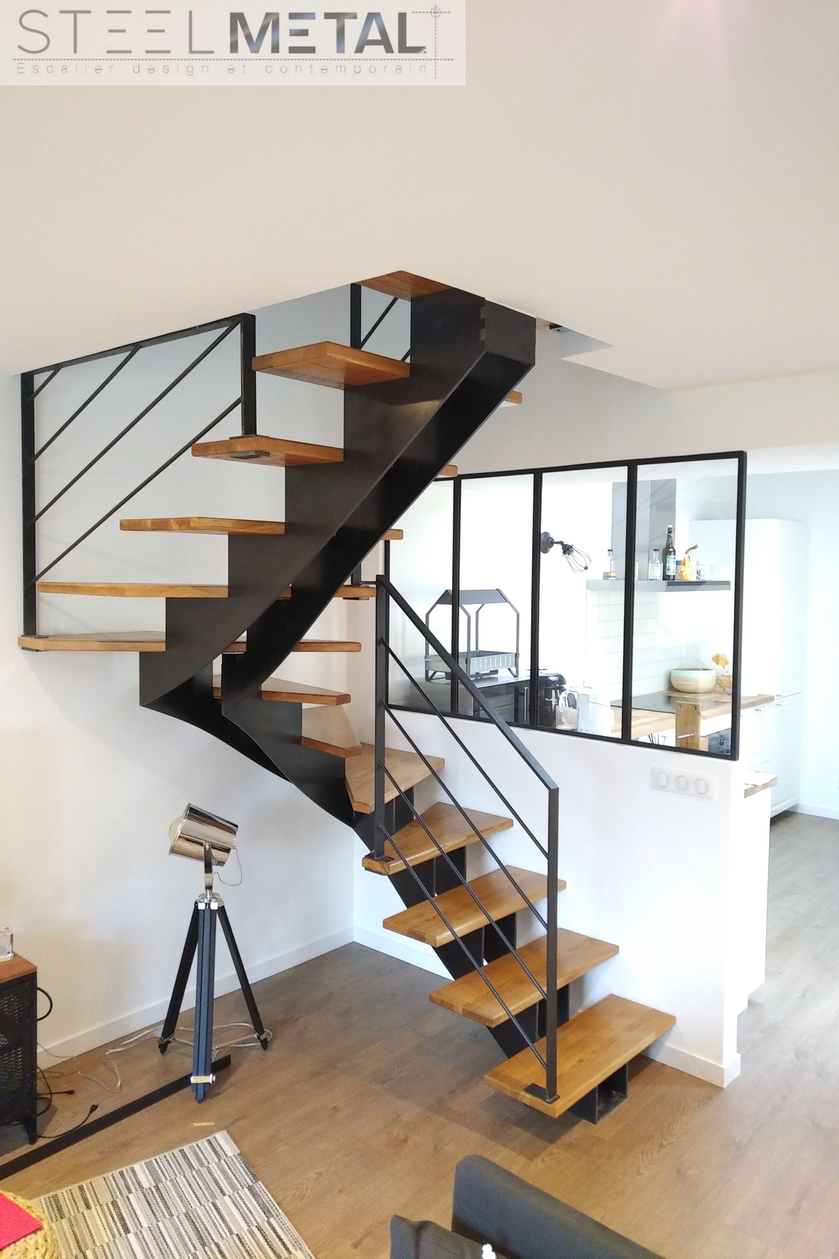 escalier mixte deux quarts limon central m tal et marches. Black Bedroom Furniture Sets. Home Design Ideas