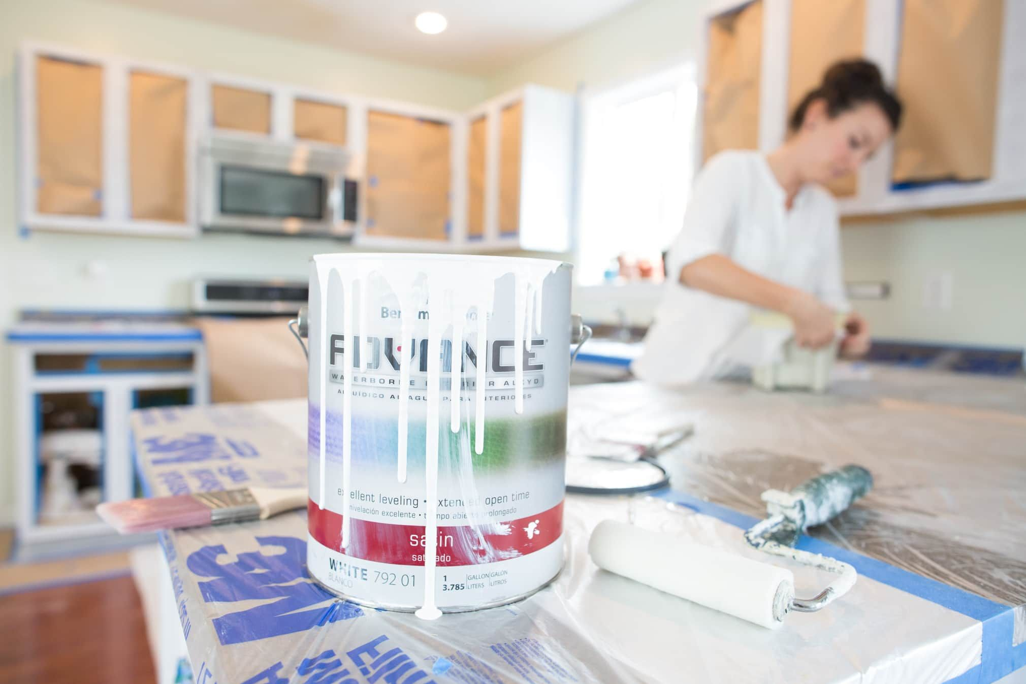 The Best Kind Of Paint For Painting Kitchen Cabinets Painting Kitchen Cabinets House Paint Interior Advance Paint