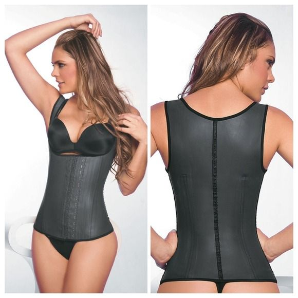 3353dc58ed The latex waist cincher rises to just below the bust so you can wear your  favorite ...