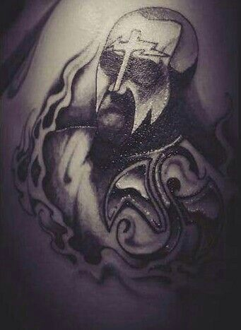 I absolutely love the whole concept/idea of this tattoo... and the Strange Music symbol looks absolutely amazing, no lie... Techs' face paint is on point... & the flames around him are dope... but Tech himself does not look good at all, sadly... :( ❤^S^