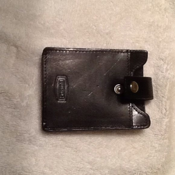 Fossil genuine leather card/money clip black, snap FOSSIL money clip/card holder genuine leather, metal clip and snap front! 2 slots for cards. Older FOSSIL NEW never used. Beautiful condition!!!!! Fossil Bags
