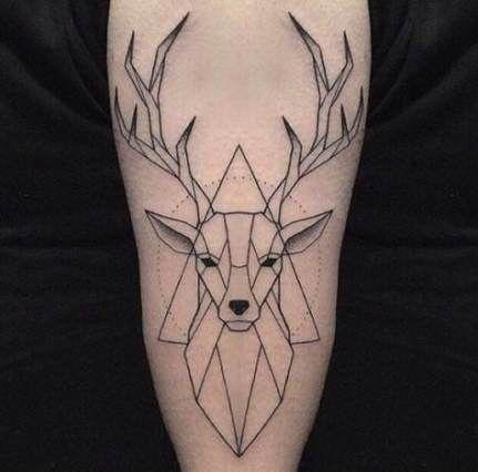 47 Trendy Ideas Tattoo Geometric Deer Reindeer - Charakterdesign - #Charakterdesign #Deer #Geometric #Ideas #Reindeer #Tattoo #tattoohirsch #Trendy