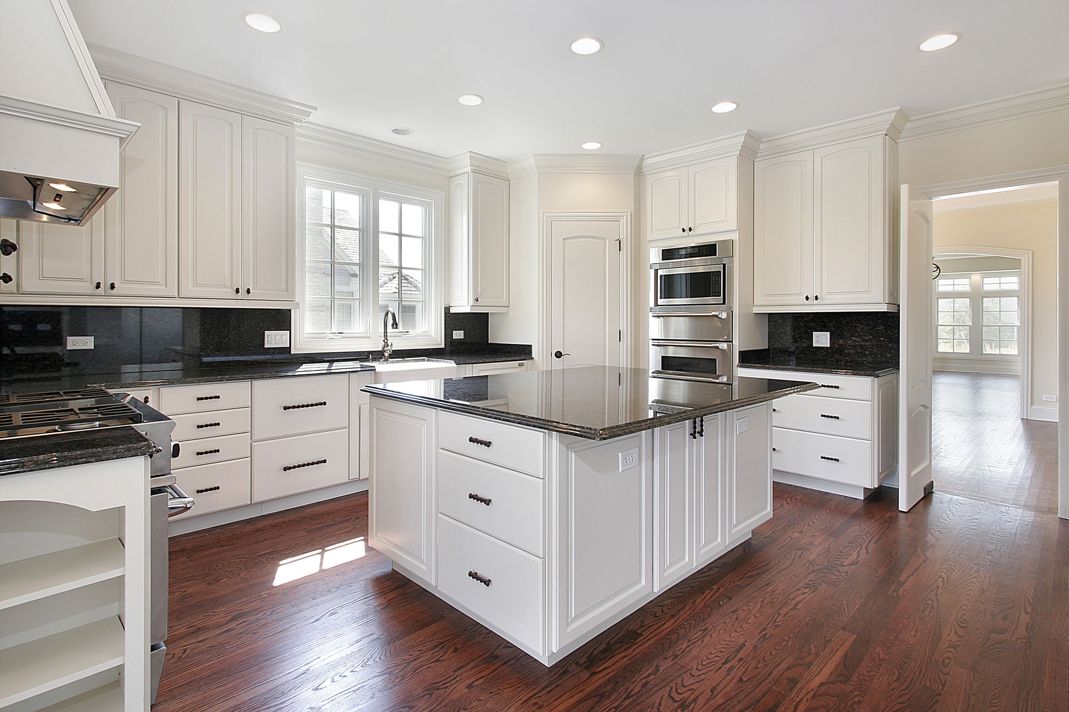 Traditional Kitchen Ghost White Cabinets With Granite Counter Top And Back Splash Luxury Kitchen Design Cost Of Kitchen Cabinets Refacing Kitchen Cabinets