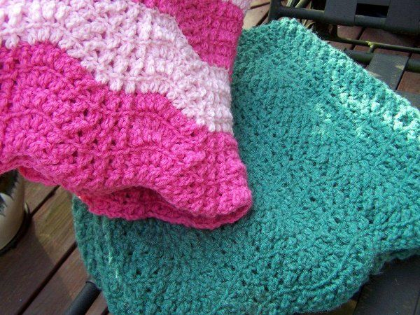 Crossed Double Ripple Blanket Free Pattern By Heather Of The Tucker