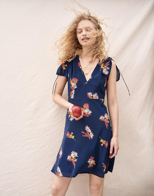 bdd67414acf madewell silk poppy dress worn with the treasure pendant necklace set.