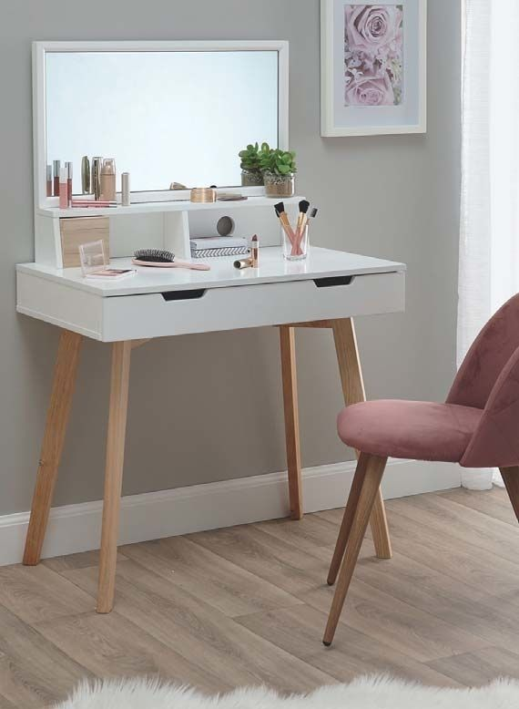 r sultat de recherche d 39 images pour coiffeuse avec miroir. Black Bedroom Furniture Sets. Home Design Ideas