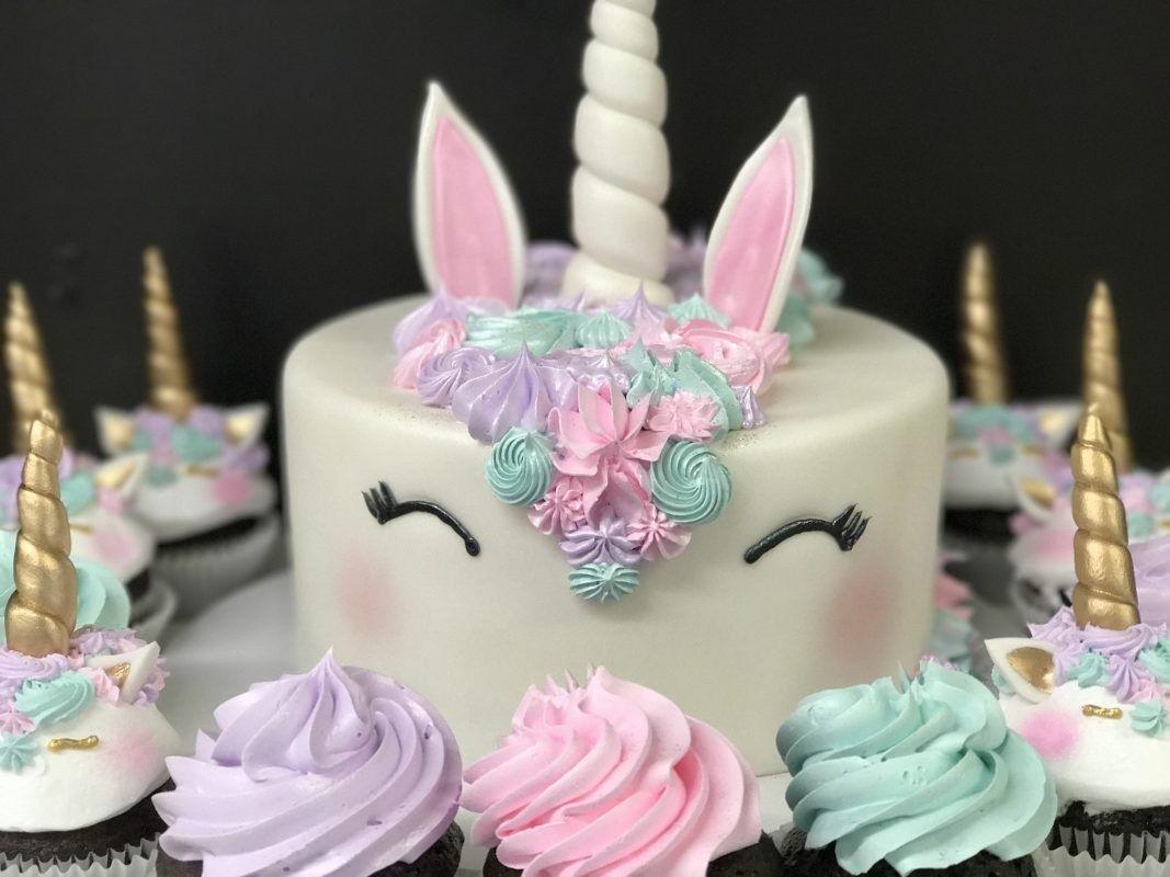 Exclusive Picture Of Girls Birthday Cake Ideas Kids Cakes Azucar Bakery Birthdaycakephotos Also Rh