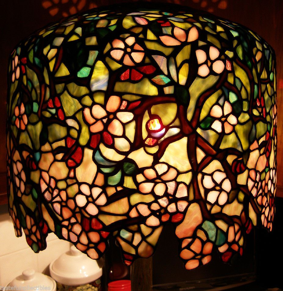 Tiffany Reproduction Stained Glass Lamp Shade Apple Blossom Odyssey Pattern 18 Quot