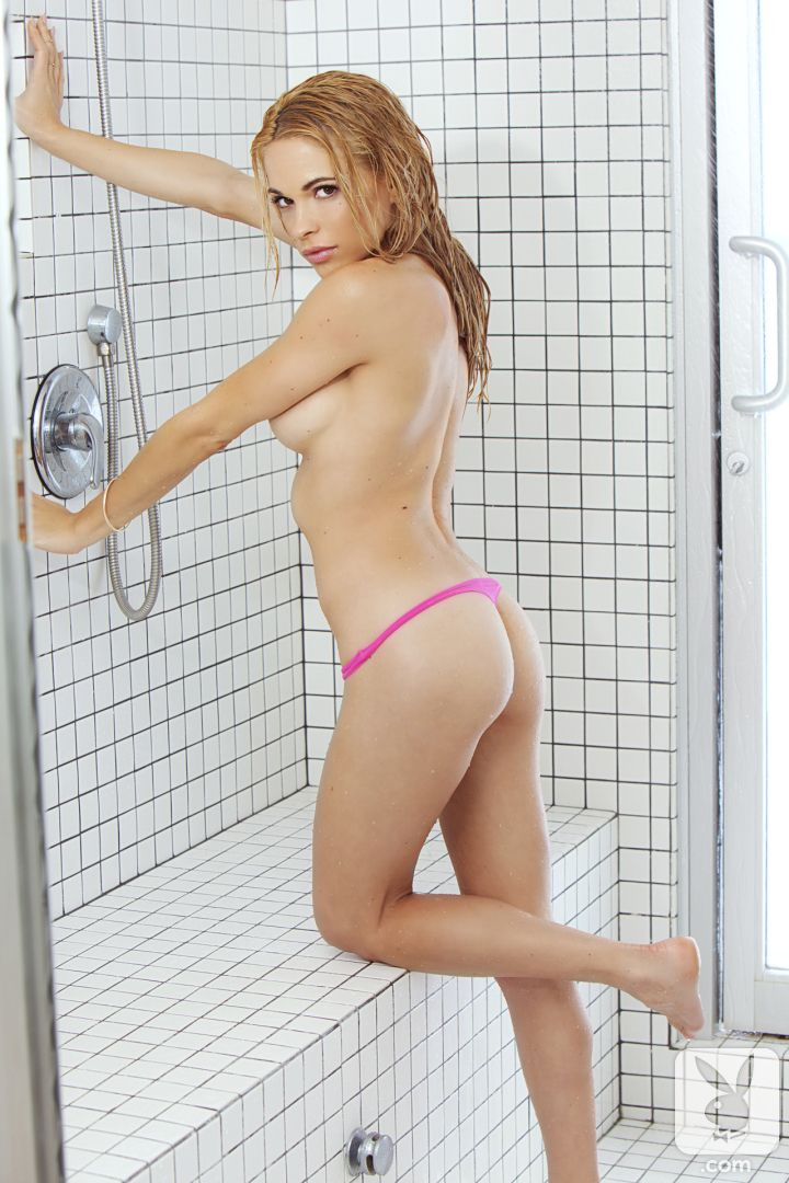 sexy girls in showers