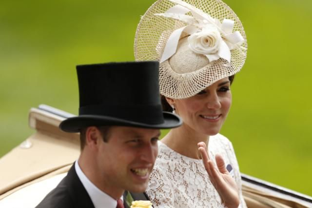 Kate Middleton, Prince William To Dethrone Queen Elizabeth II? Palace Planning '$100 Million Coronation,' Report Says