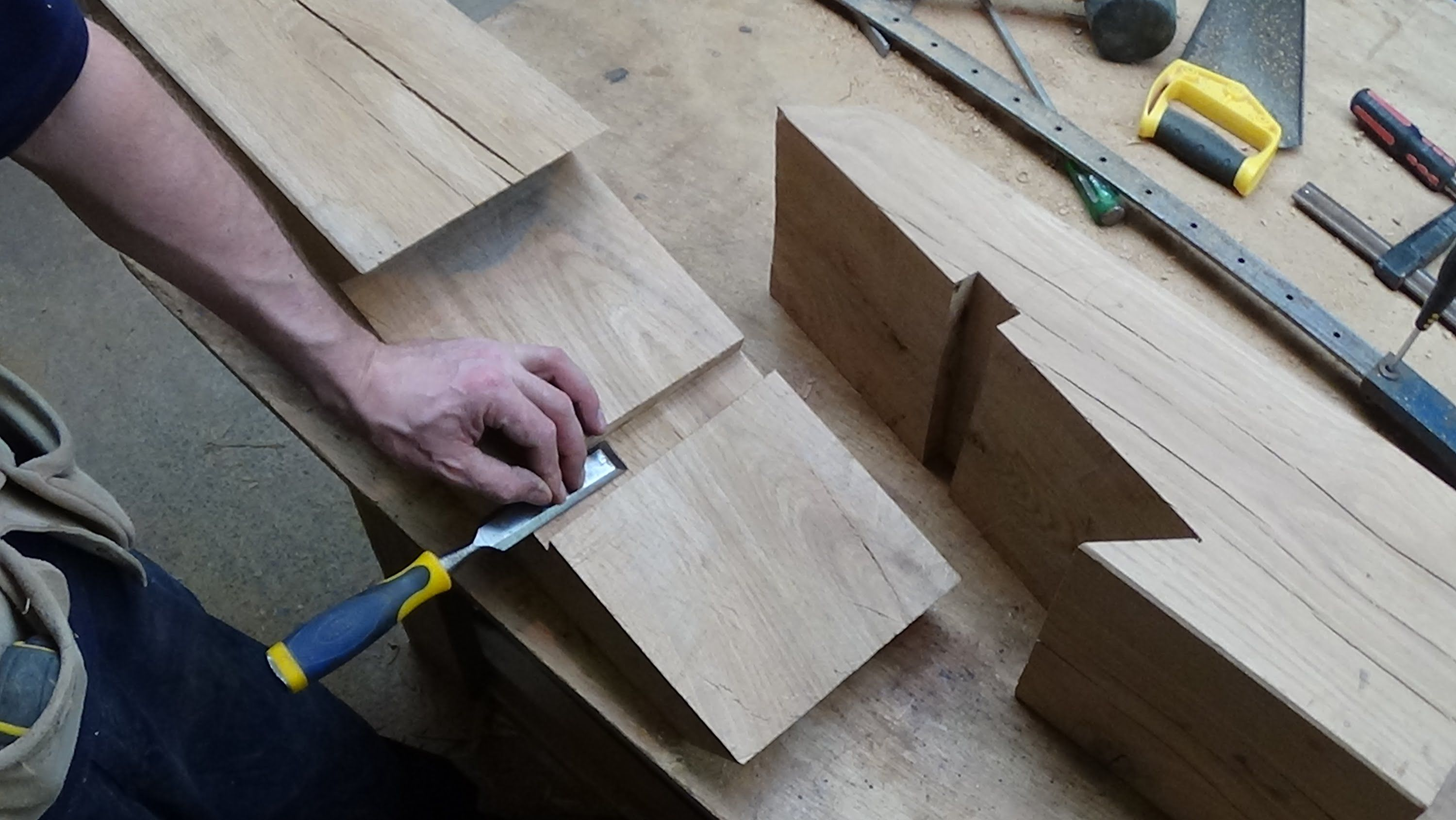 """Timber framing scarf joint cut in 8"""" x 8"""" oak, basic ..."""