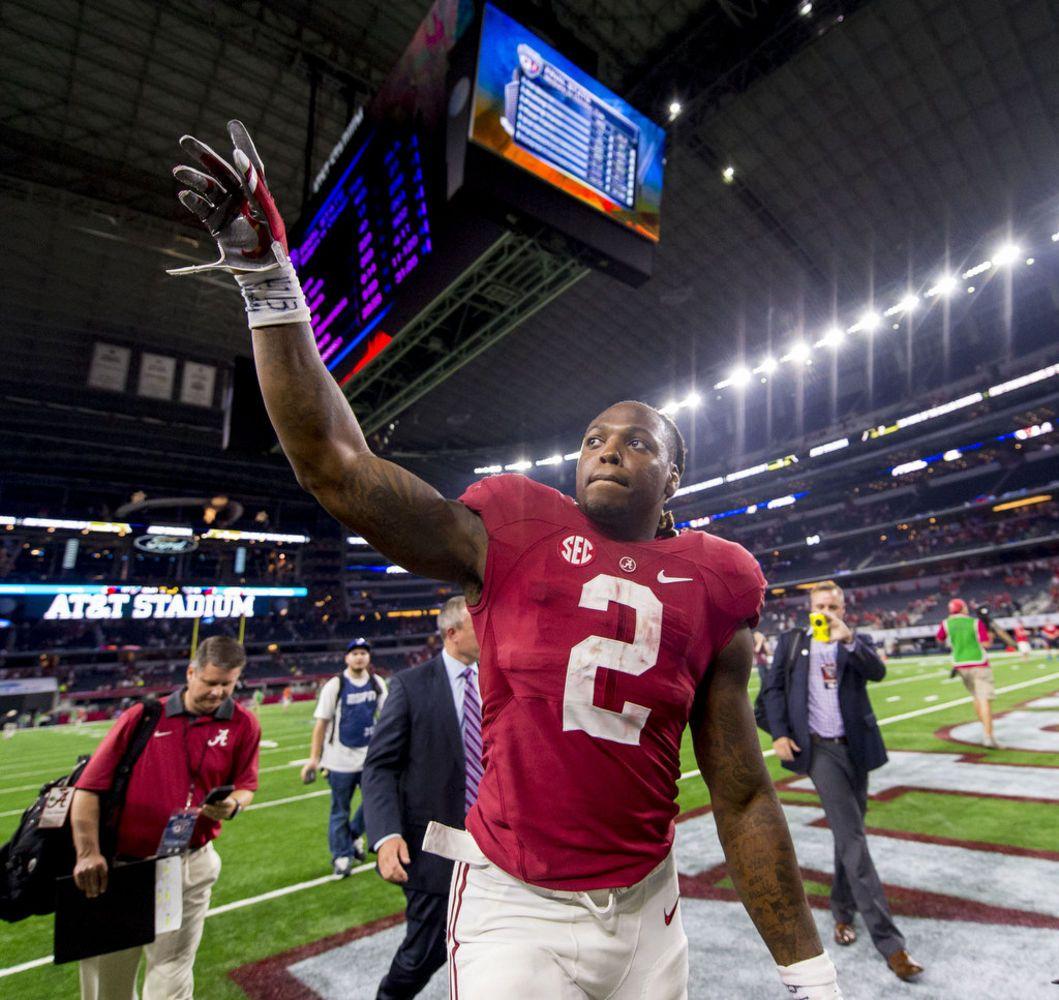 Check Out Alabama Running Backs Against Wisconsin Alabama Vs Alabama Crimson Tide Alabama