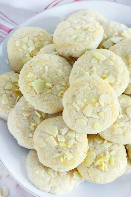 Norwegian Butter Cookies Serinakaker Recipe Cookie Recipes Norwegian Cuisine Butter Cookies