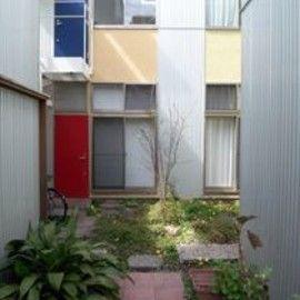 東京R不動産 - 中庭つき木造アパート