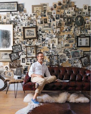 une accumulation coller directement sur les murs avec de la patafix ou sur un planche un. Black Bedroom Furniture Sets. Home Design Ideas