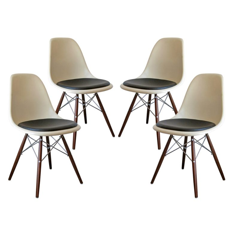 Lovely Set Of Four DSW Charles U0026 Ray Eames Chairs