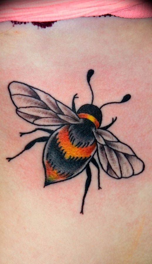 bumble bee honey tattoos bee tattoo design pinterest bumble bees bees and honey bee tattoo. Black Bedroom Furniture Sets. Home Design Ideas