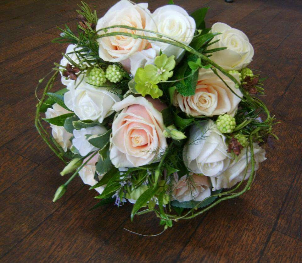Wedding bouquets without roses  Fresh and silk flower mixture Itus hard to tell whatus real and