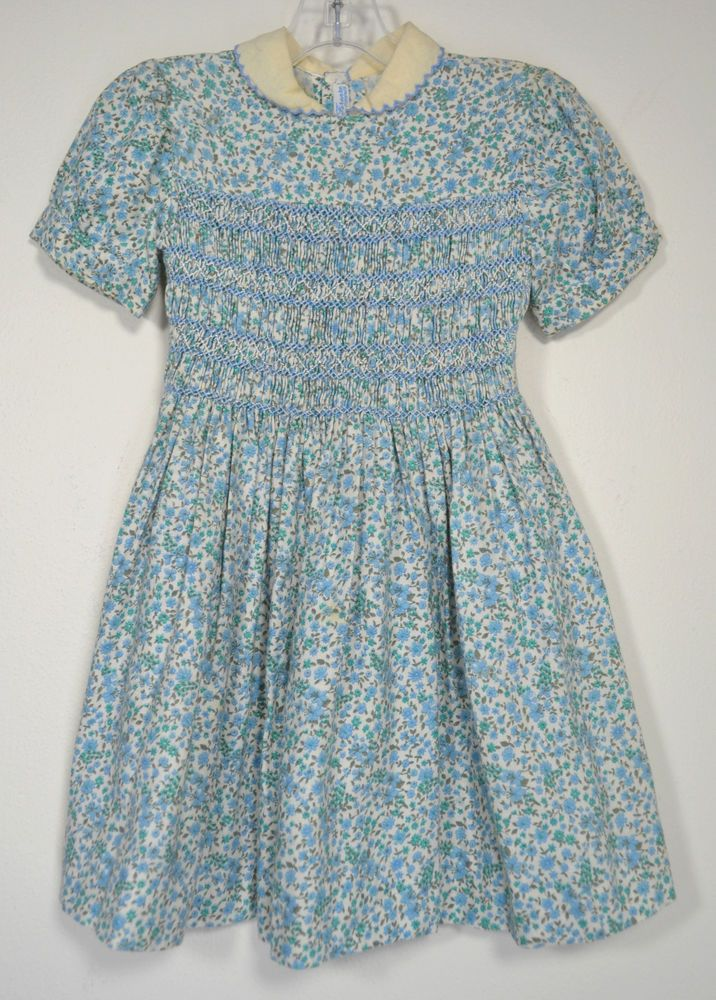 Vintage RICAMI DI FIRENZE Italy Girls Floral Smocked Dress 5-6X  ITALY