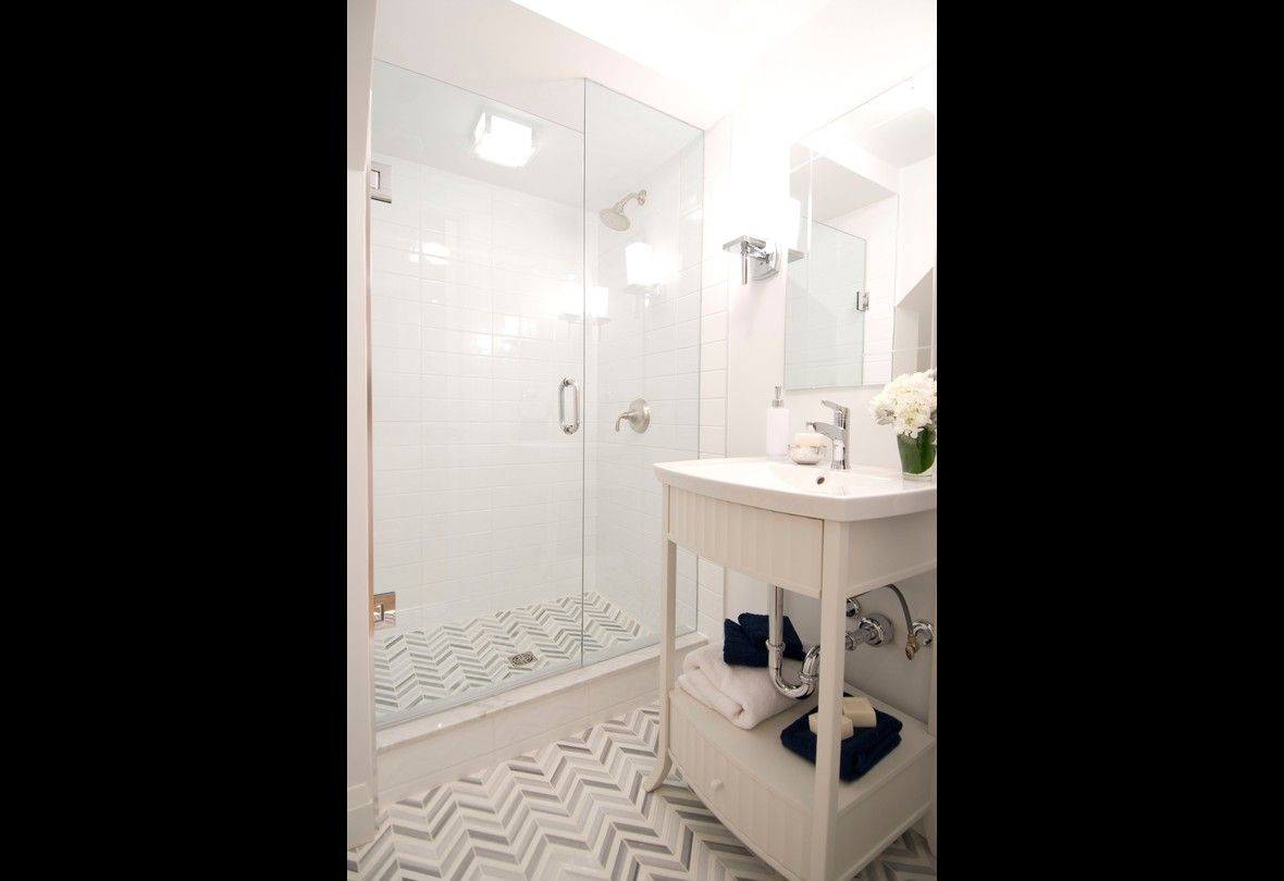30 Before and After Bathroom Renovations | Photos | HGTV Canada