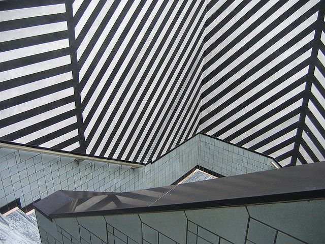 Drawing With No Lines : Sol lewitt 1928 2007 wall drawing conceptual art and architects