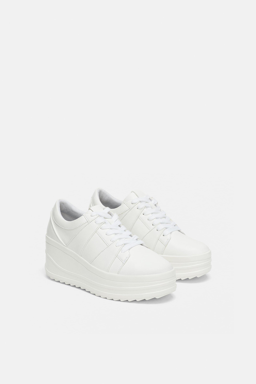 Epingle Par Marlenesall Sur Personlig Stil En 2020 Talons Compenses Baskets Compensees Sneakers
