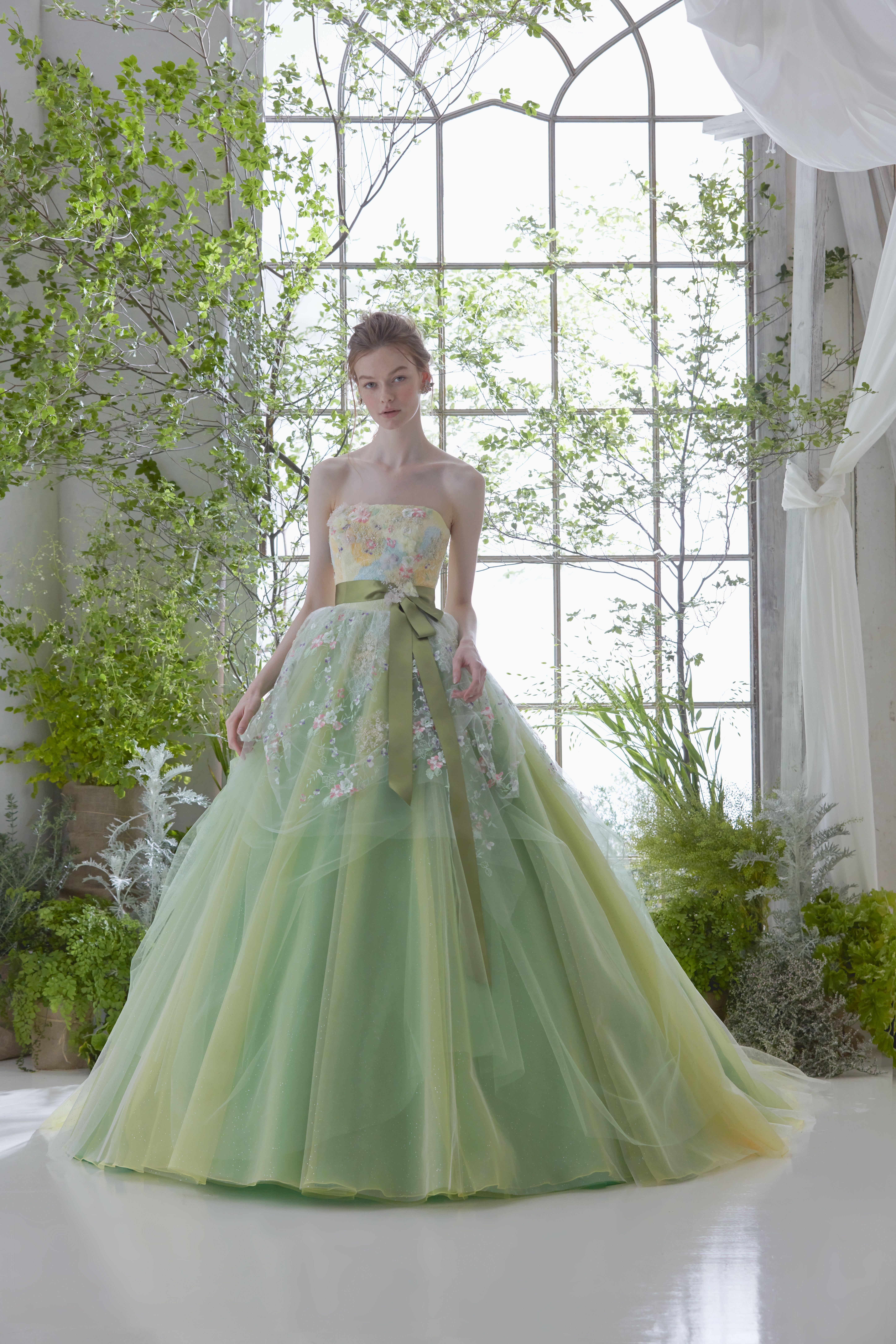 634e1e45525bb 松尾のウェディングドレス、メンズフォーマルウェアのサイト。各種 ブランドの取扱店案内、会社案内等。ウェディングドレス、タキシードetcウェディングに関する衣裳  ...