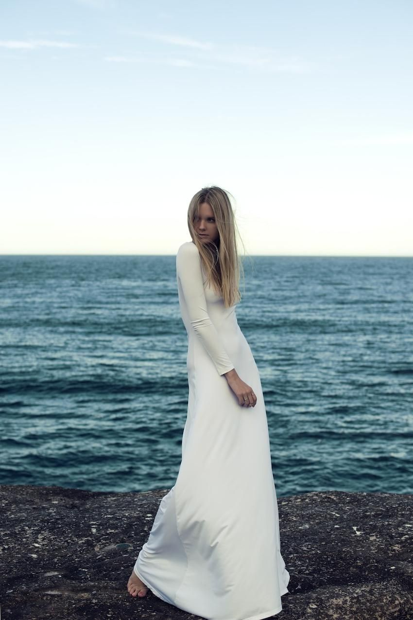 This dress could be a great wedding dress for a very unfussy and ...