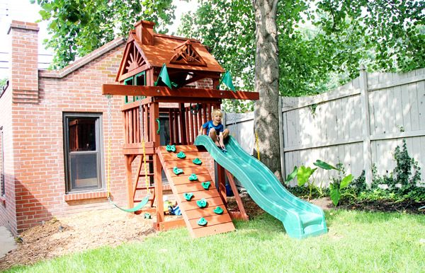 We figured out the perfect small yard swing set solution for our small back  yard. The whole family is thrilled with the result! - Sweet Small Yard Swing Set Solution - Backyard Project Pinterest