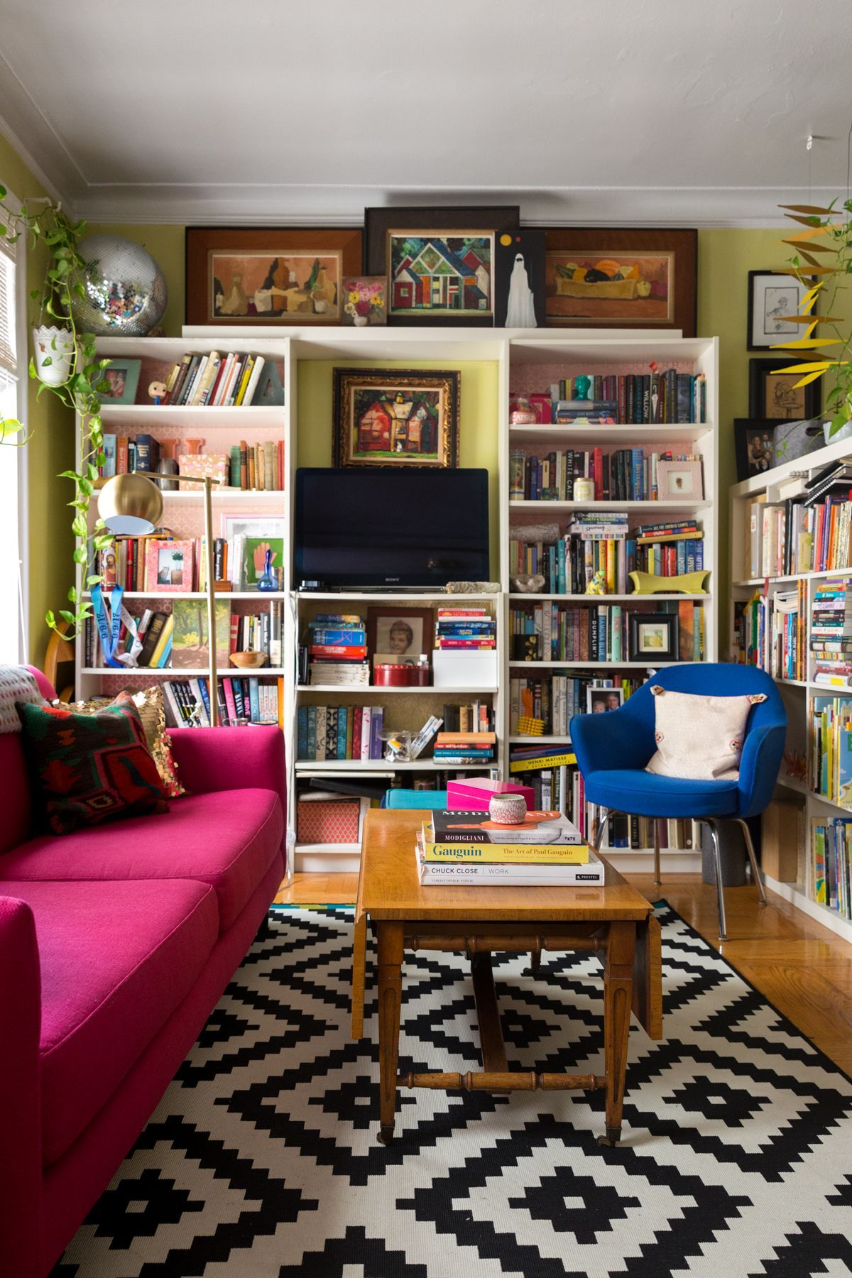 New York Studio Apartment Tour A Small Colorful Home Therapy