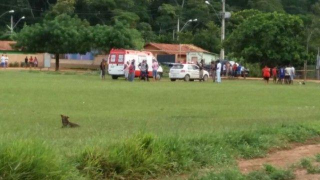 #News  Jovem de 25 anos é assassinado durante briga com irmão e vizinho em distrito de Malacacheta