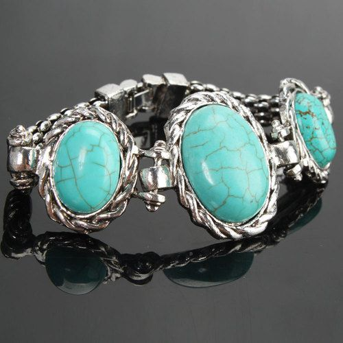 Stunning turquoise bracelet  is going up for auction at 11am Mon, Apr 8 with a starting bid of $8.