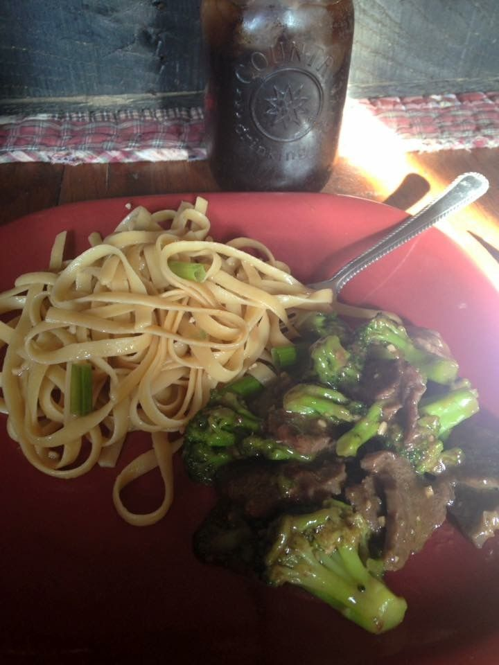 Beef and broccoli with Lo mein noodles