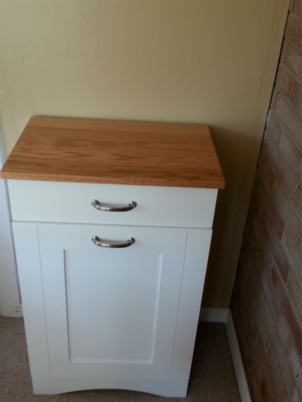Picture of Two tone tilt out trash bin | Ideas for the House ...