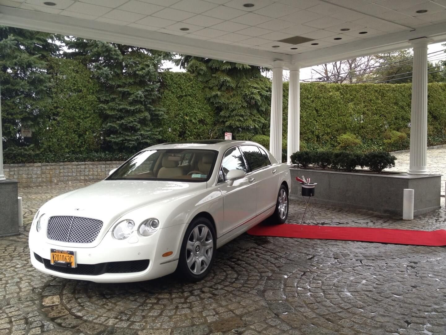 hire stretched dsc silver countyhere chrysler fleet areahere limo limos rental baby bentley class in