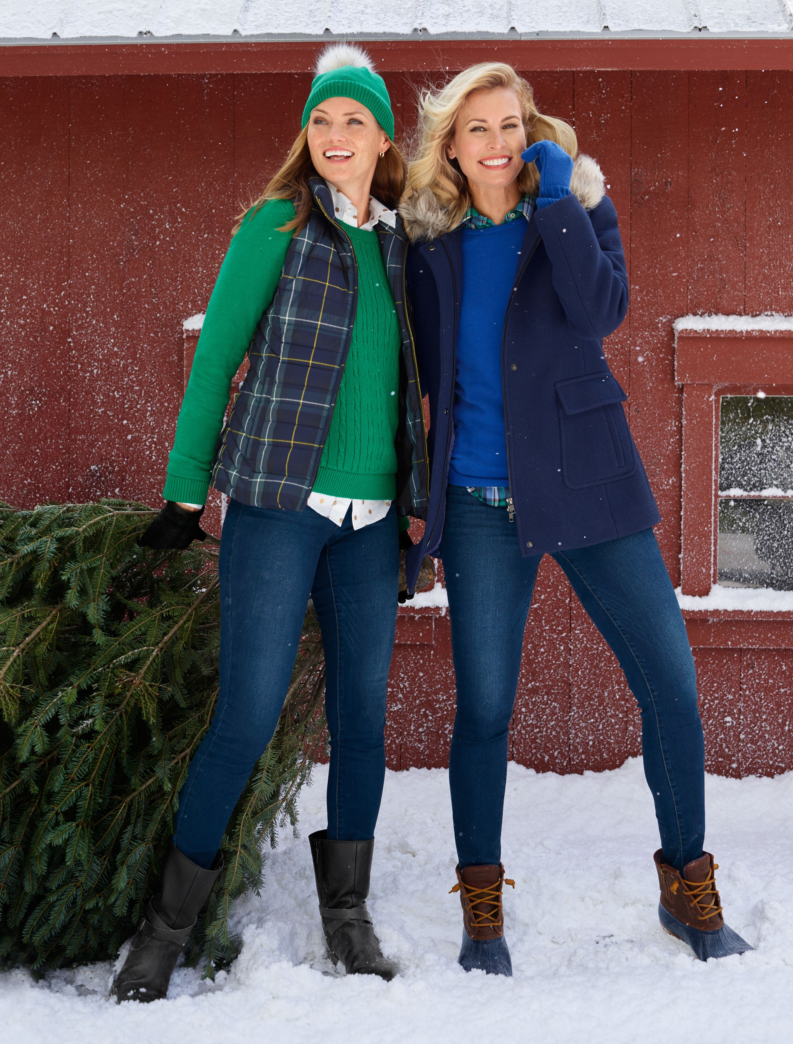 Find A Friend For A Holiday Stroll Whether You Re In Search Of The Perfect Tree Or Admiring The Neighborhood Li Womens Fashion Jackets Fashion Outerwear Women [ 3489 x 2652 Pixel ]