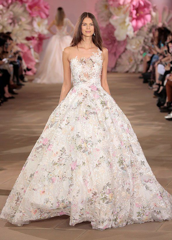 9 Wedding Dress Trends For Spring 2017: #1. Fun U0026 Fresh Floral Patterns