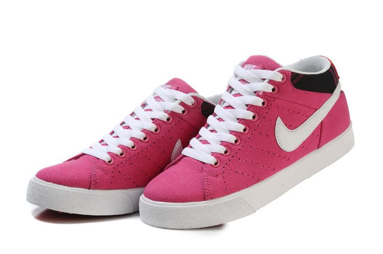 nike casual shoes women