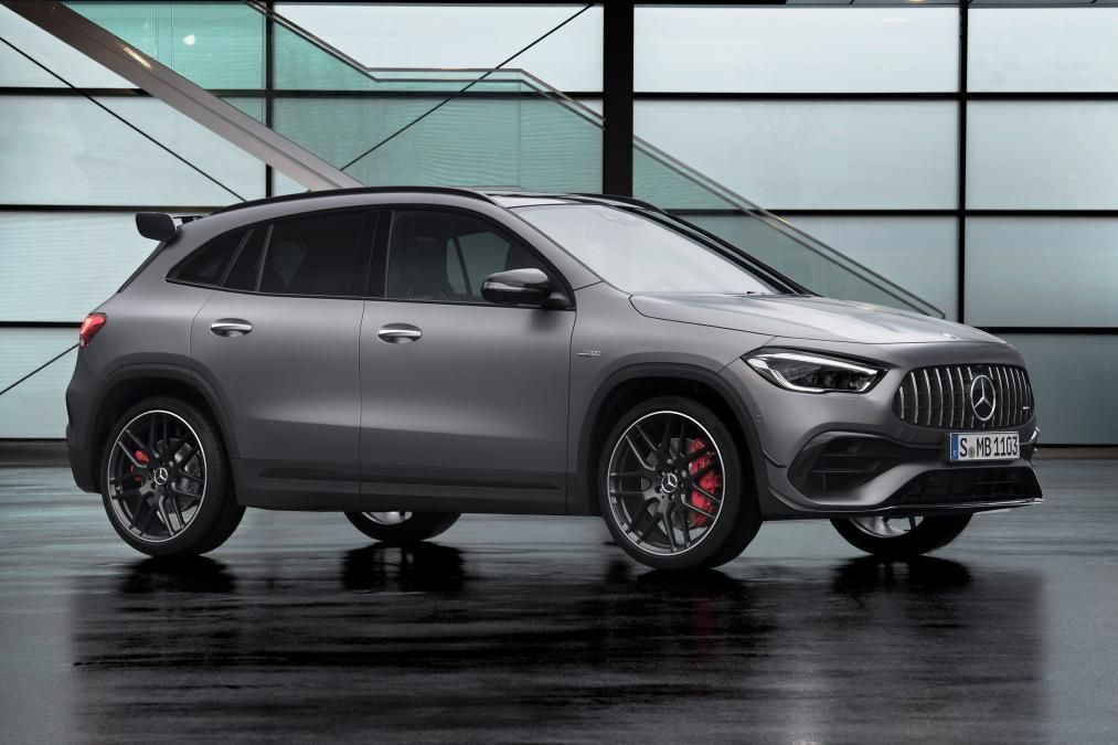 Mercedes Amg Gla 45 S Revealed Packing 415 Hp 310 Kw In 2020