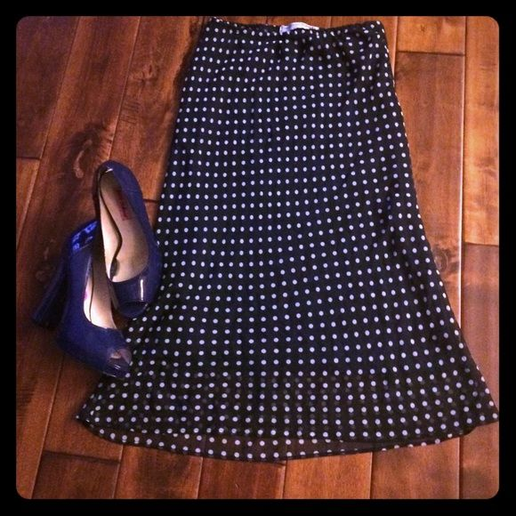 Vintage look navy polka dot skirt Vintage pin up look navy with white polka dot skirt. Necessary Objects Skirts Pencil