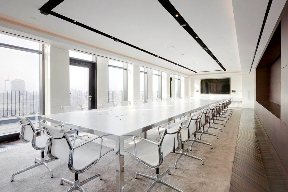A stunning and sophisticated boardroom for an international fashion