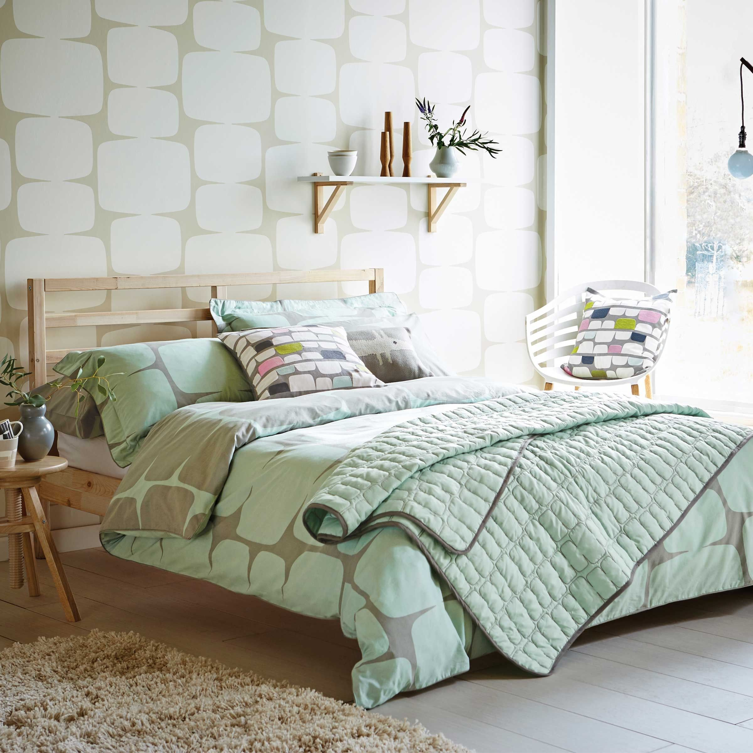 duvets headboard and ideas soho rug bedroom size for covers enchanting blue king stripe duvet decoration with tufted