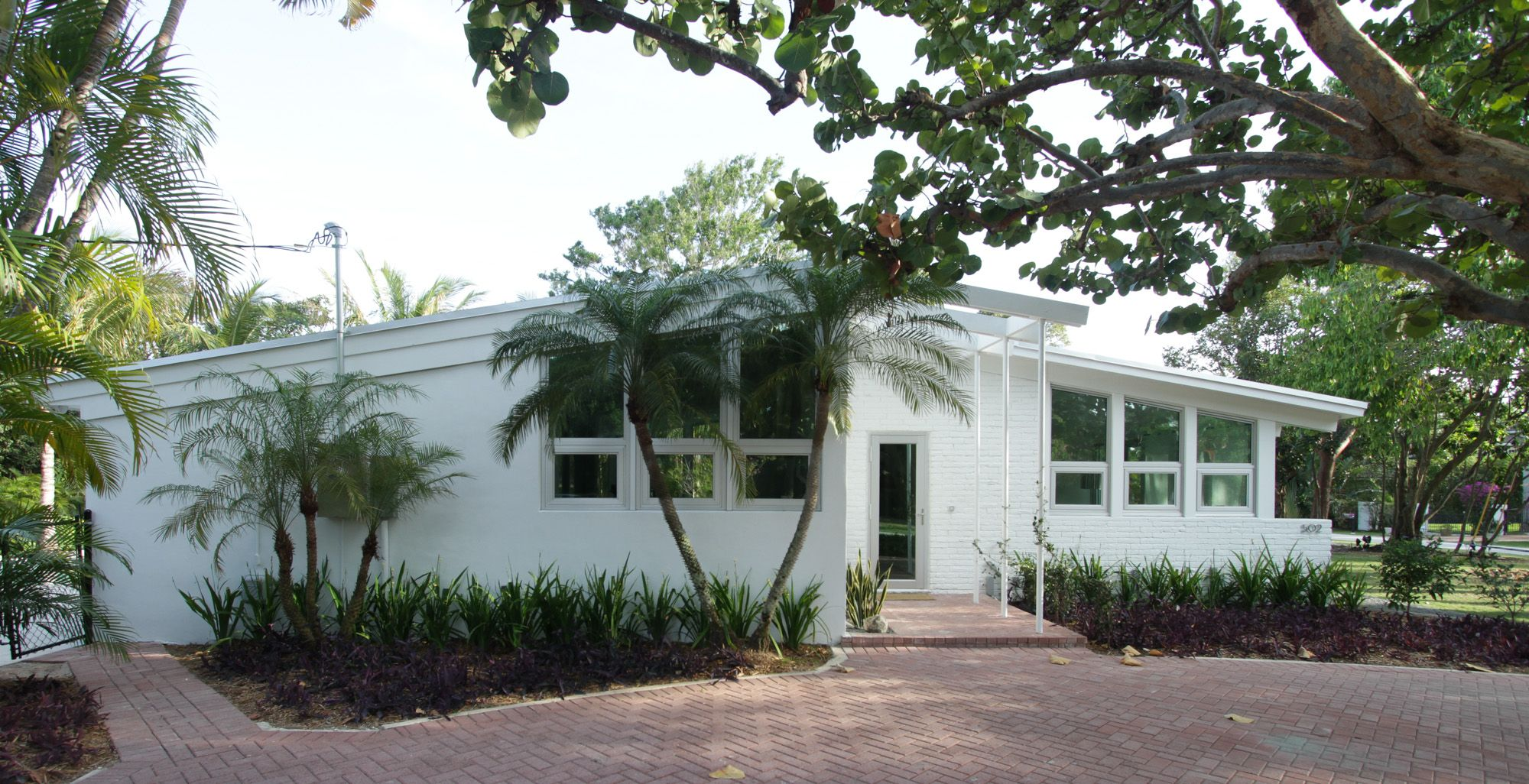 painting mid century modern home exterior paint colors sunroom - Mid Century Modern Home Exterior